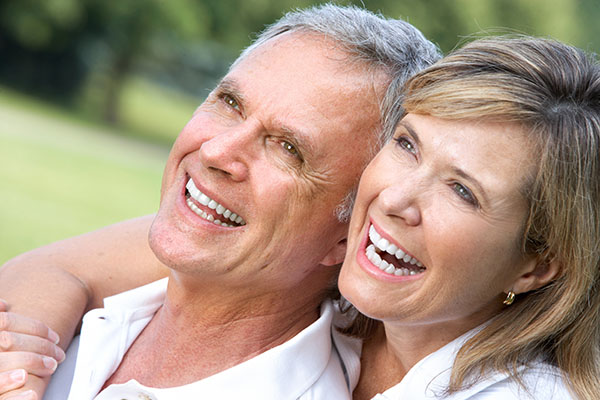 What Different Types Of Dentures Are Available?